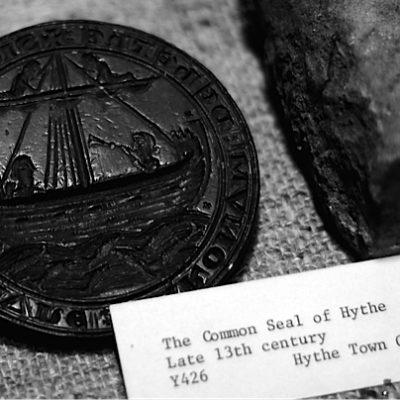 Hythe Seal