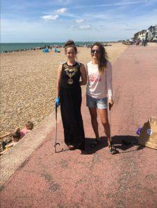 Beach Clean Up Helpers 01.10.20